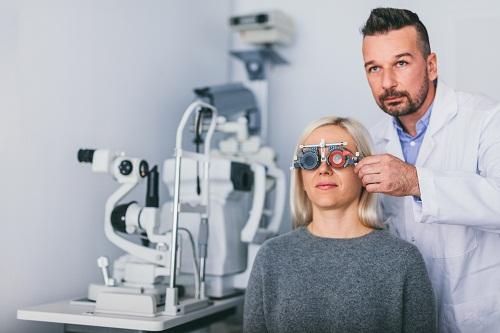 La nécessité d'une visite dans un centre d'ophtalmologie à Nice